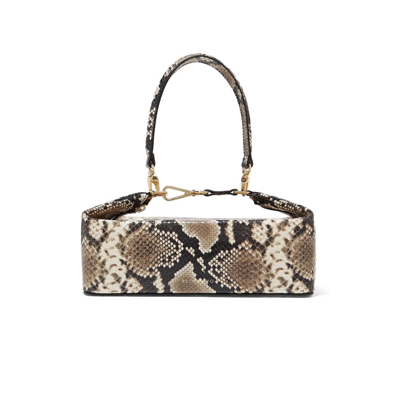 Schlangenmuster: Tasche von Regina Pyo