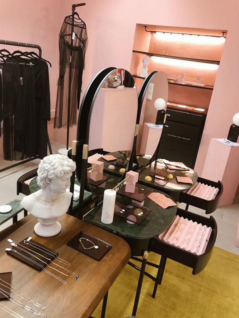 Shop-Design für Wow Wien